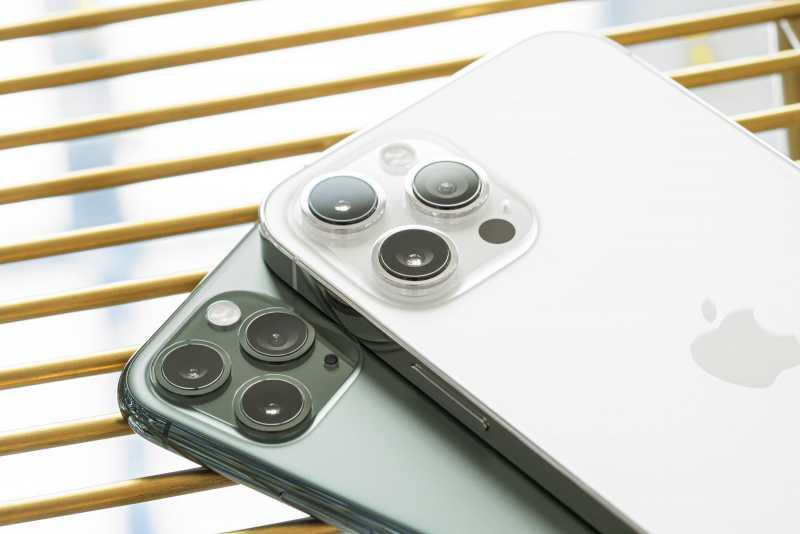 Iphone 12: новые дисплеи, аккумуляторы и камеры — изучаем главные слухи — wylsacom