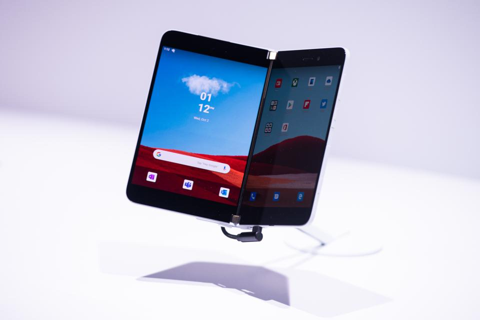 Microsoft рассекретила цену своего первого android-смартфона surface duo. видео