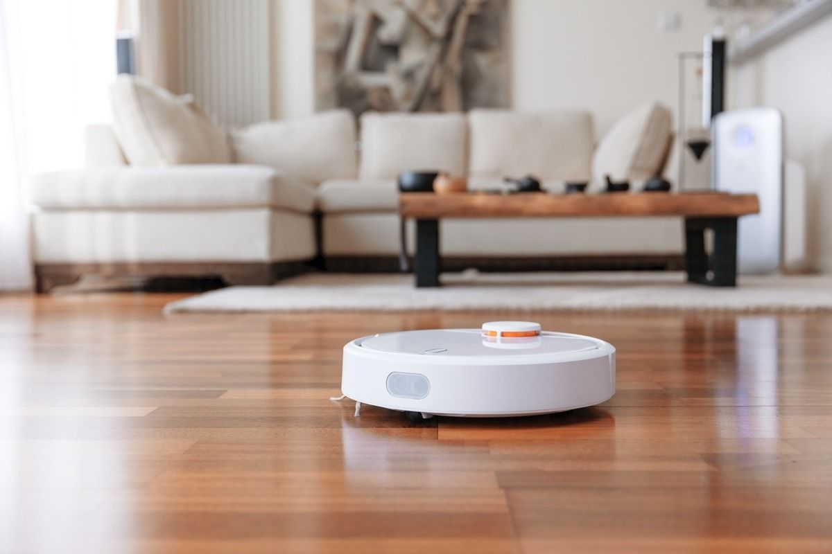 Что лучше, робот-пылесос или вертикальный пылесос?