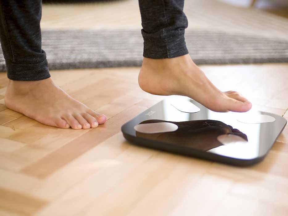 12 лучших напольных весов - рейтинг 2020