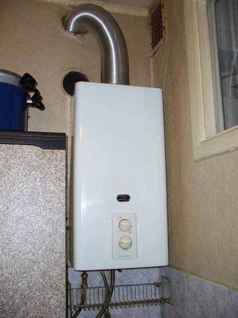 Как правильно выбрать газовую колонку для квартиры