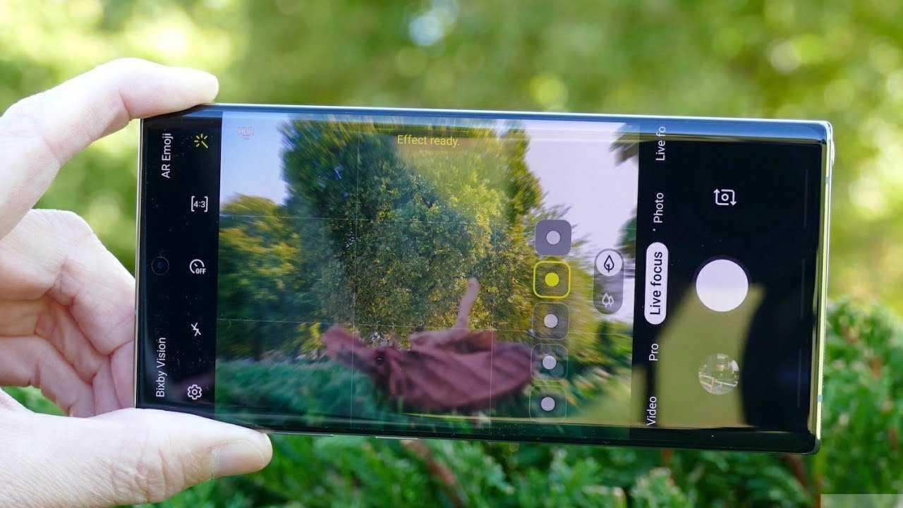 Популярные в Индии канал TechTalkTV представил на суд общественности долгожданные фотографии флагмана Samsung Galaxy Note 10 Ранее сообщалось что смартфон получит