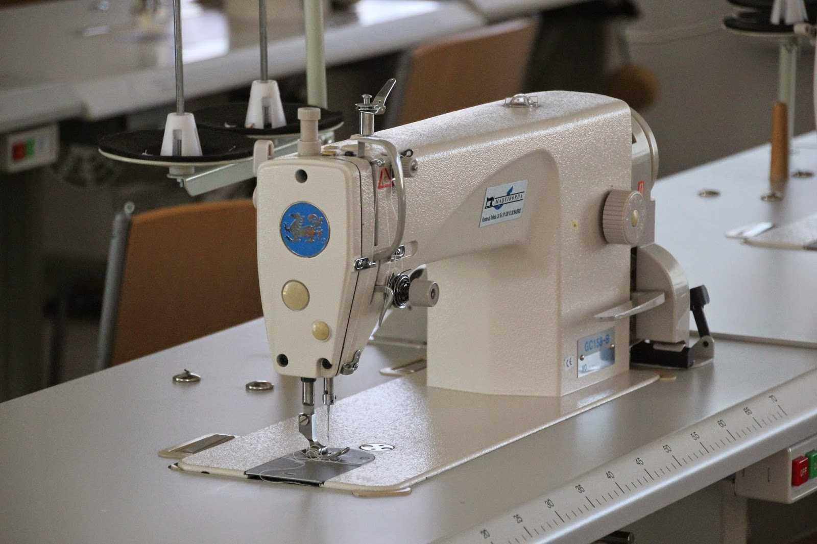 Как выбрать хорошую недорогую швейную машинку для дома