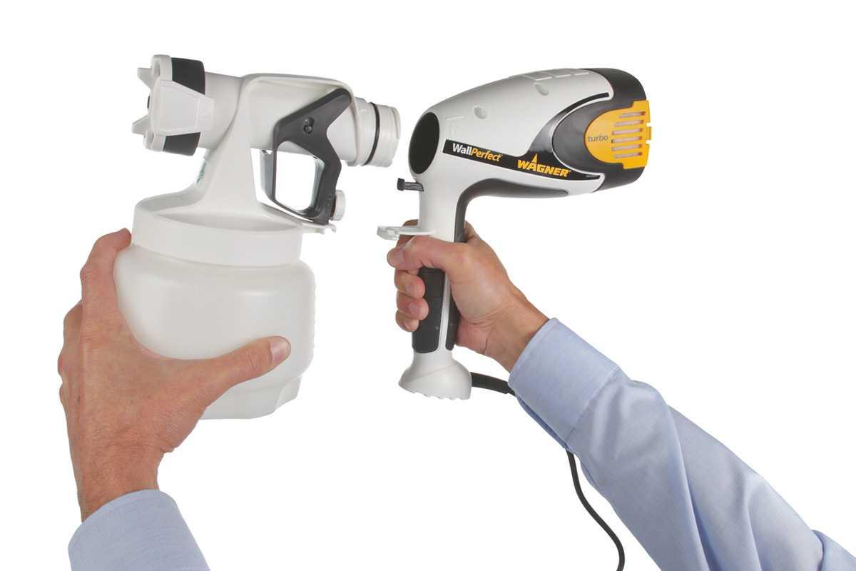 Прочитайте в статье информацию на счет выбора качественного краскопульта для использования в домашних условиях и при необходимости покраски машины