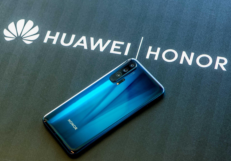 Компания Honor сообщила о старте работ над новым бюджетным смартфоном 8S Напомним в недавнем времени в сети появились первые рендерные фотографии телефона Теперь