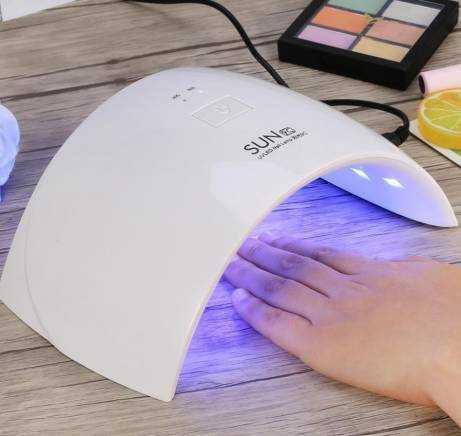 Лампа для сушки гель лака: описание и обзор лучших