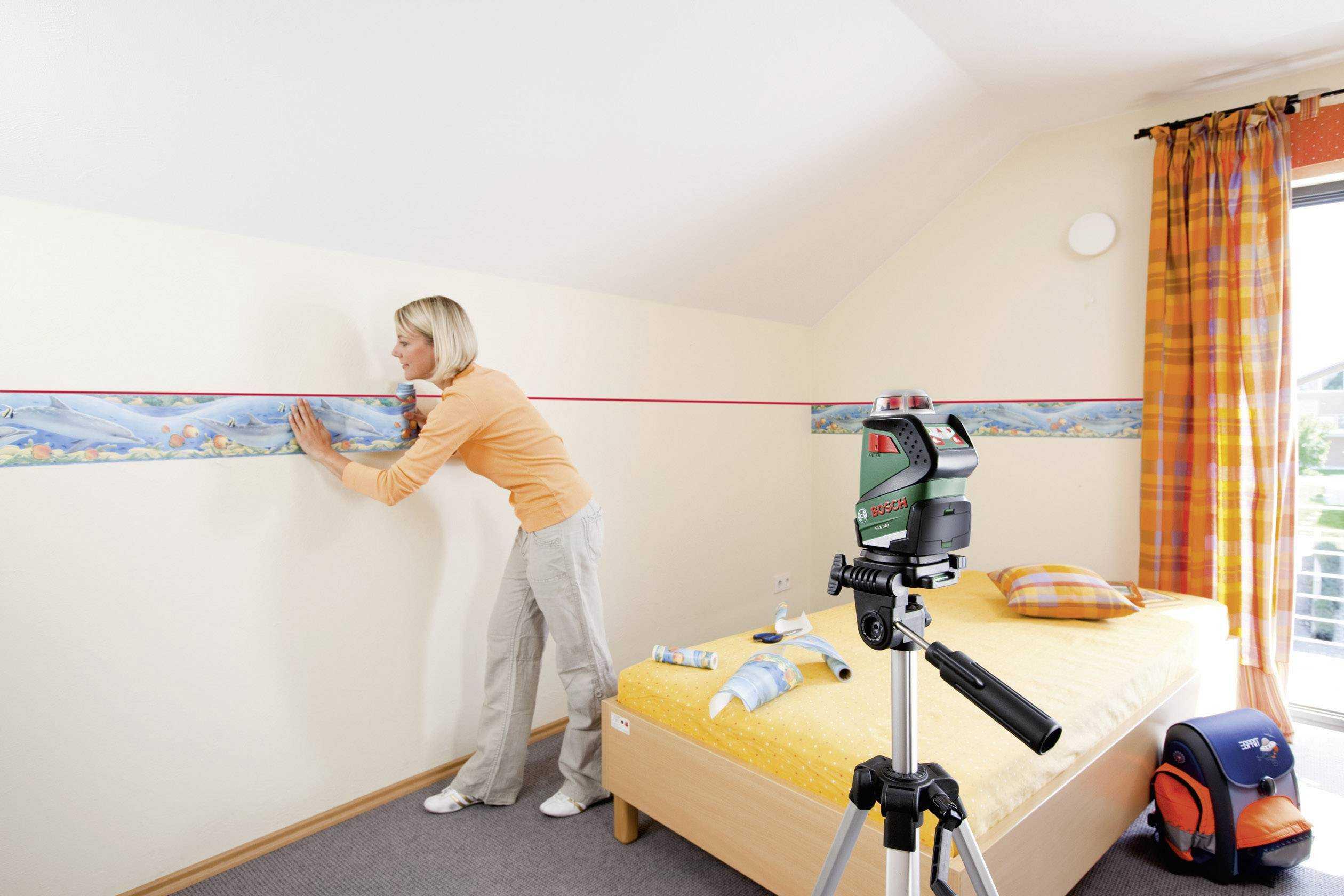 Как лазерным уровнем проверить ровность стены: для чего нужен нивелир, и как пользоваться этим прибором