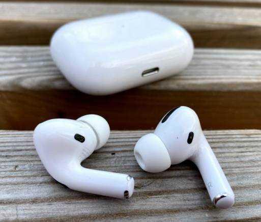 Что произойдет с наушниками airpods через два-три года активного использования | новости apple. все о mac, iphone, ipad, ios, macos и apple tv