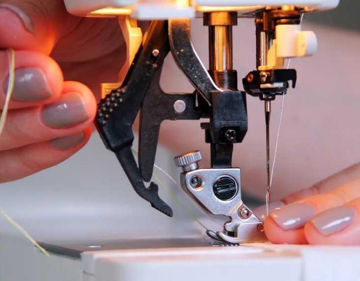 Еще несколько десятилетий назад переоценить ценность швейной машины в быту было невозможно Этот механизм передавали из поколения в поколение в качестве приданного