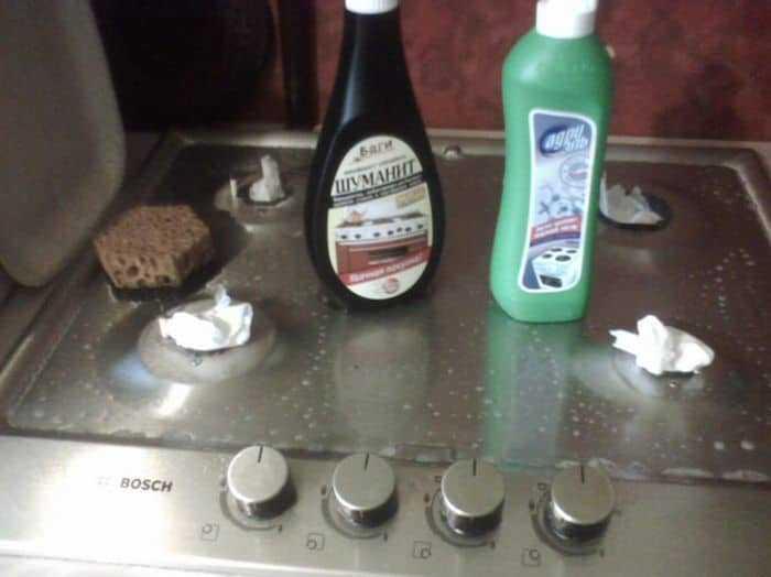 Как очистить загрязненную стеклокерамическую плиту профессиональными и народными средствами