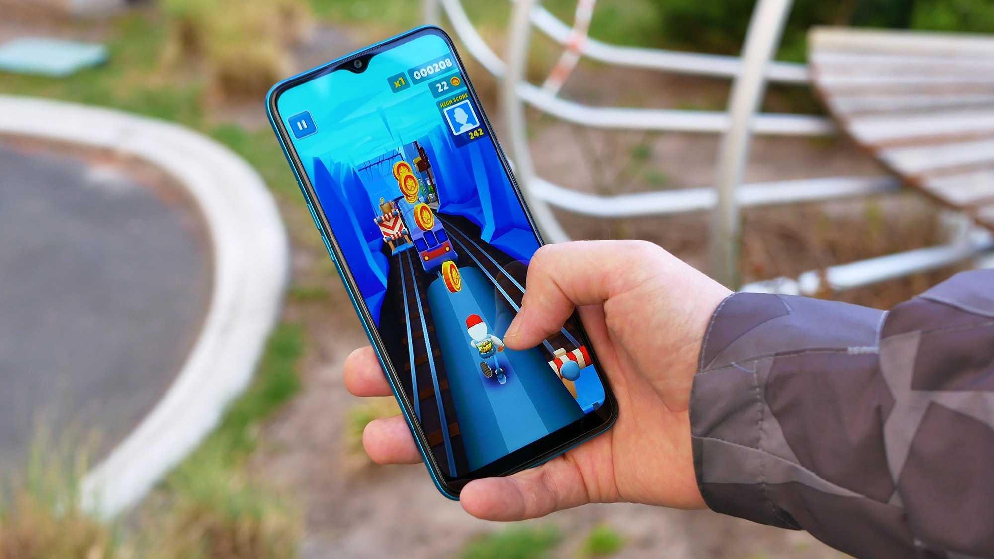 Обзор moto g8 plus: смартфон со встроенной экшн-камерой / смартфоны