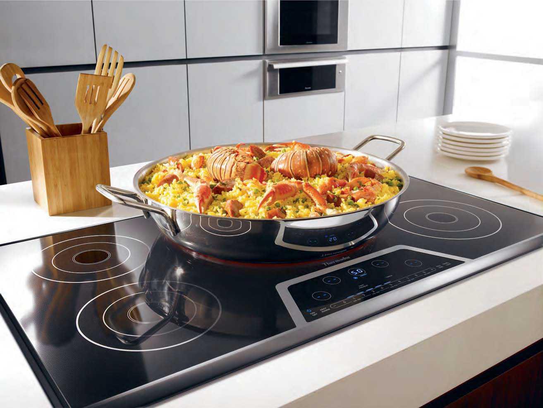 В статье представлена информация о том как выбрать плитку для оформления кухни Вы сможете узнать важные нюансы покупки о которых не стоит забывать
