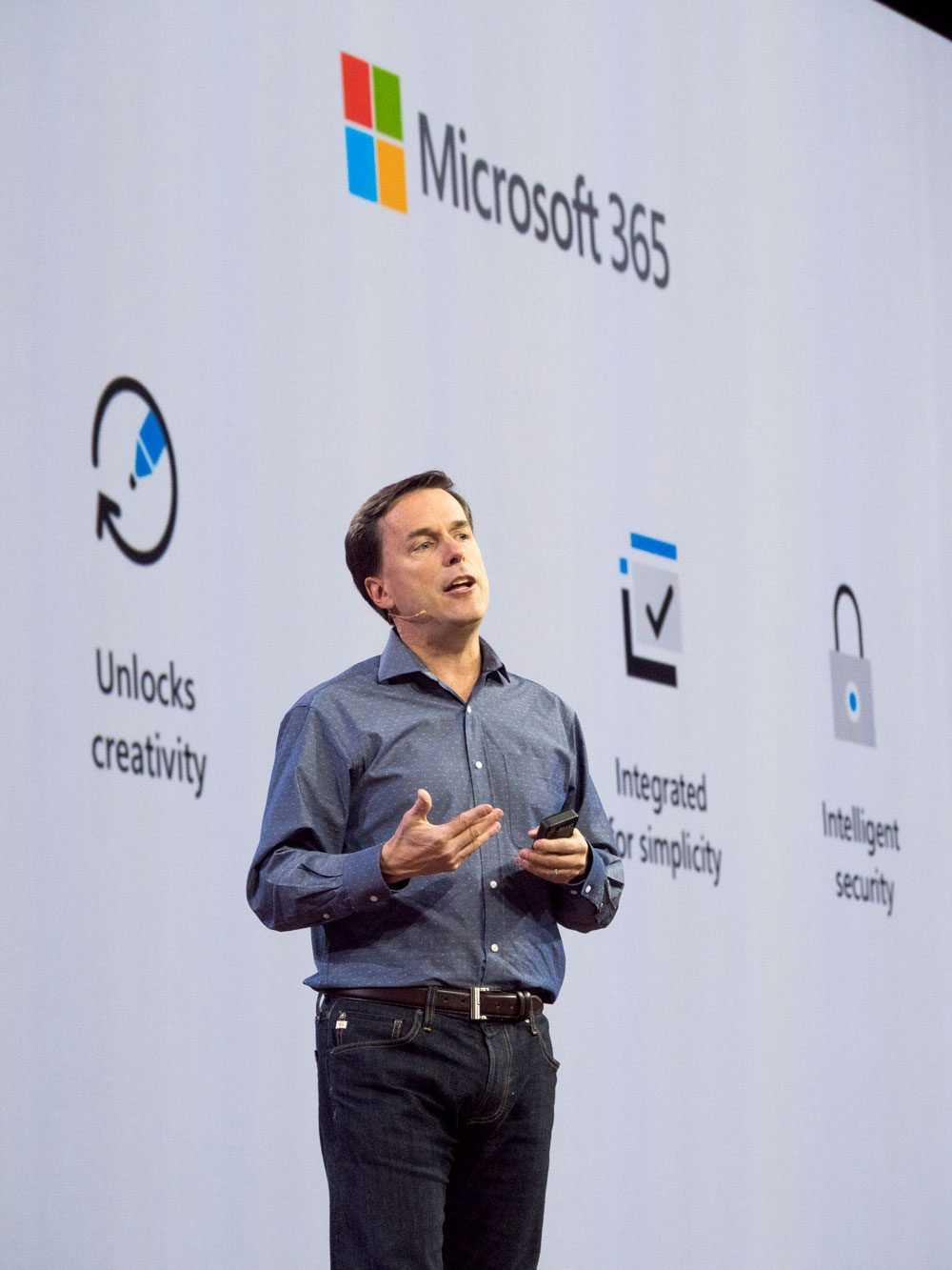 Господство intel рушится на глазах. у компании новые проблемы с мобильными и серверными процессорами