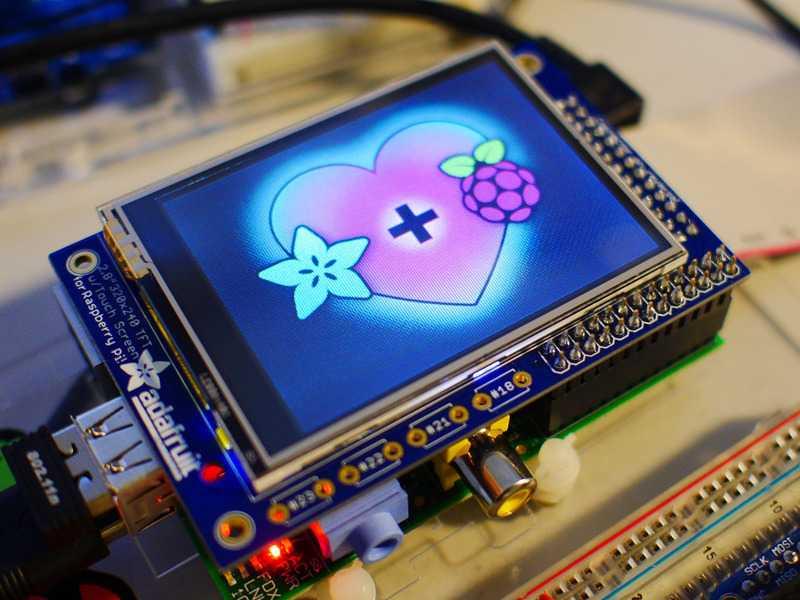 Создан первый в мире клон raspberry pi, работающий на полноценной windows 10