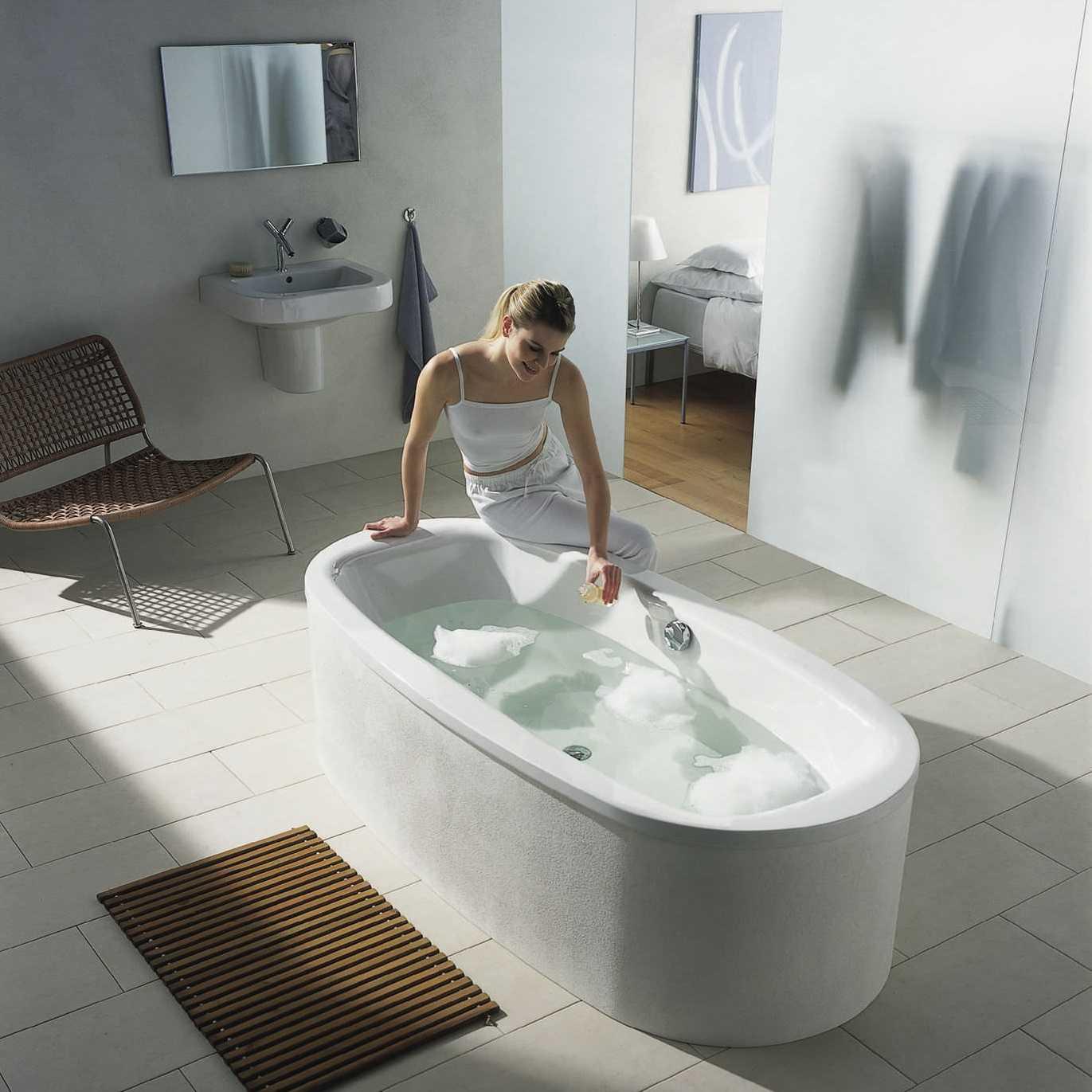 Как правильно выбрать ванну для квартиры и дома: виды и материалы