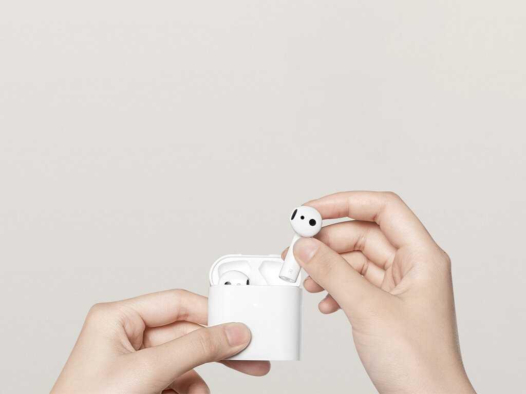 В китайской социальной сети Weibo появился официально ренден с презентацией новых наушников Xiaomi Mi Air 2 Pro По всей видимости гарнитура станет основным