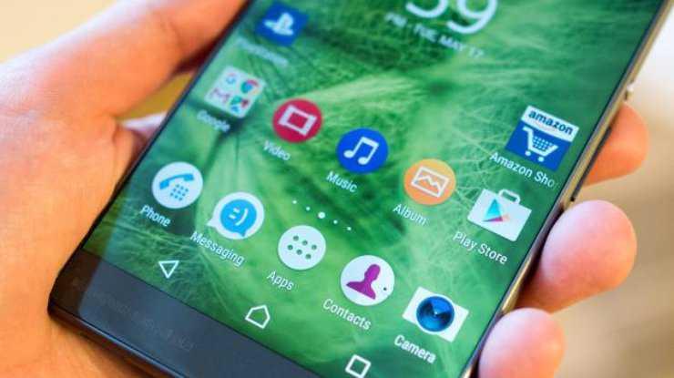 У каких смартфонов нет проблем с обновлениями android - androidinsider.ru