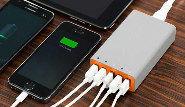 Выбираем лучшую зарядку для iphone