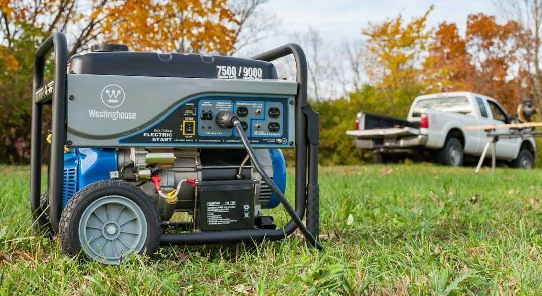При покупке электрогенератора нужно учесть: мощность  тип двигателя надежность моторесурс На что еще обратить внимание Отвечают профессионалы