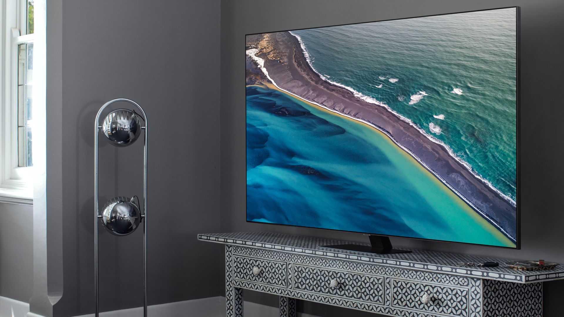 5 млн рублей за качество 8к мощнейший телевизор от samsung