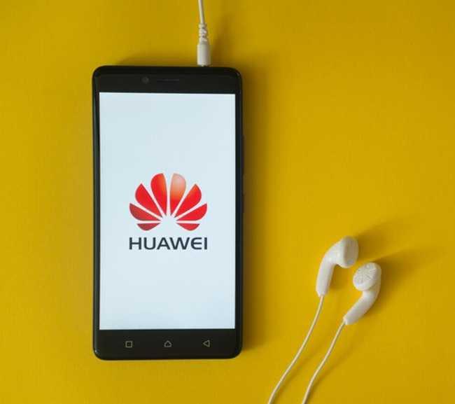 Гонимый америкой huawei прорвался на первое место в мире по продажам смартфонов