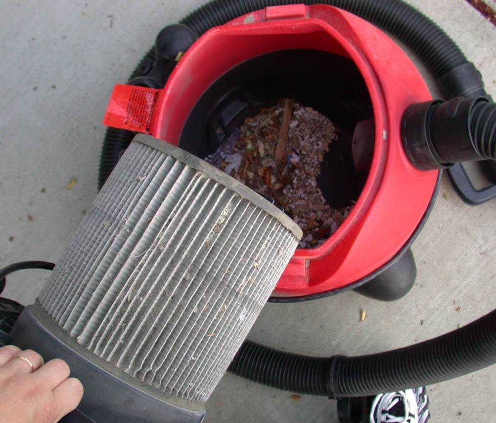 Почему плохо всасывает пылесос: что могло повлиять и как устранить?