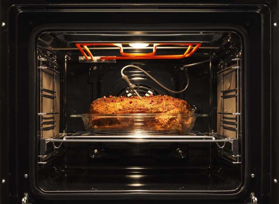 Что лучше выбрать: мини-печь или духовой шкаф