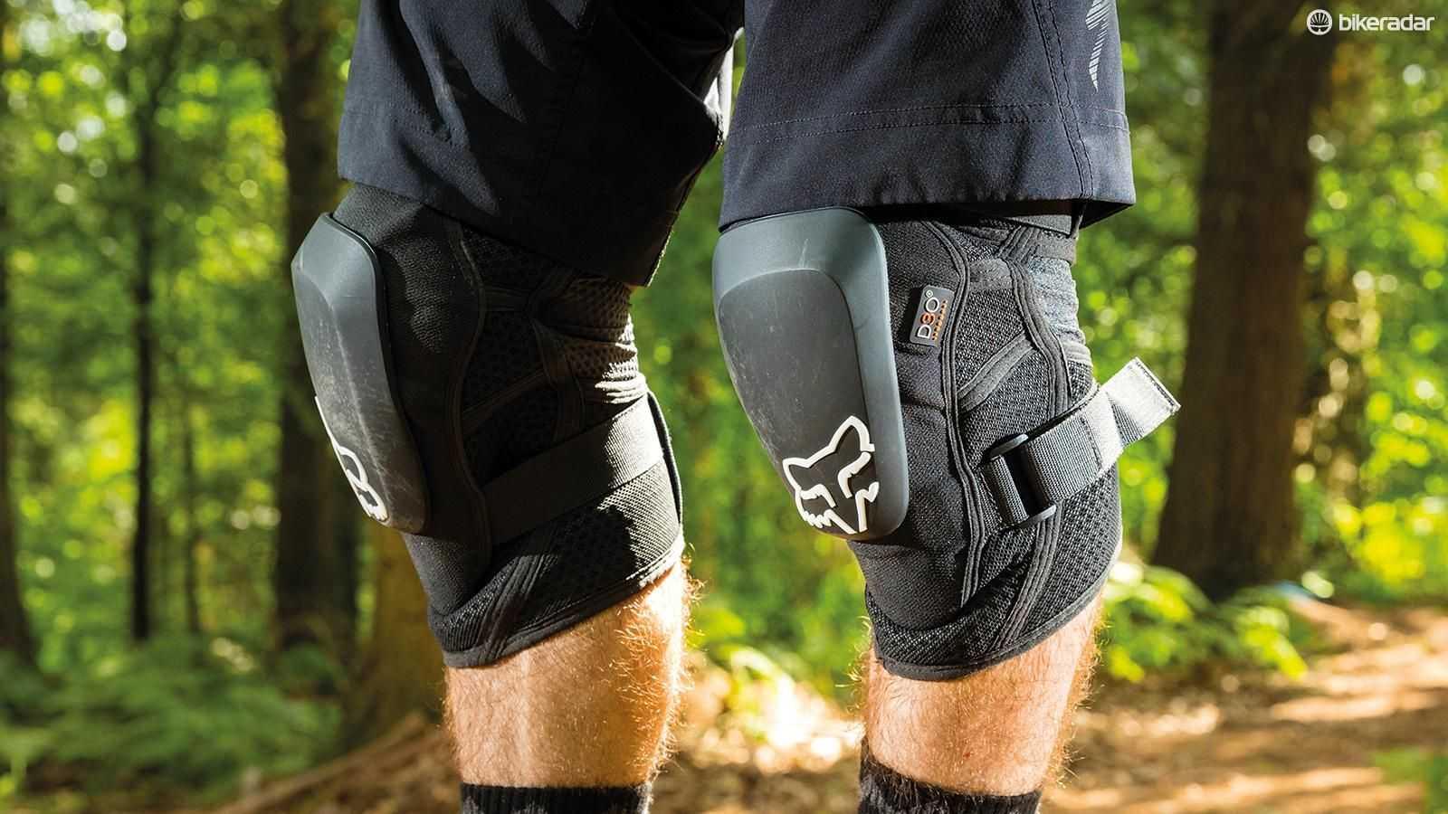 Как выбрать наколенники при артрозе коленного сустава: цена, размеры, материалы? - твой суставчик