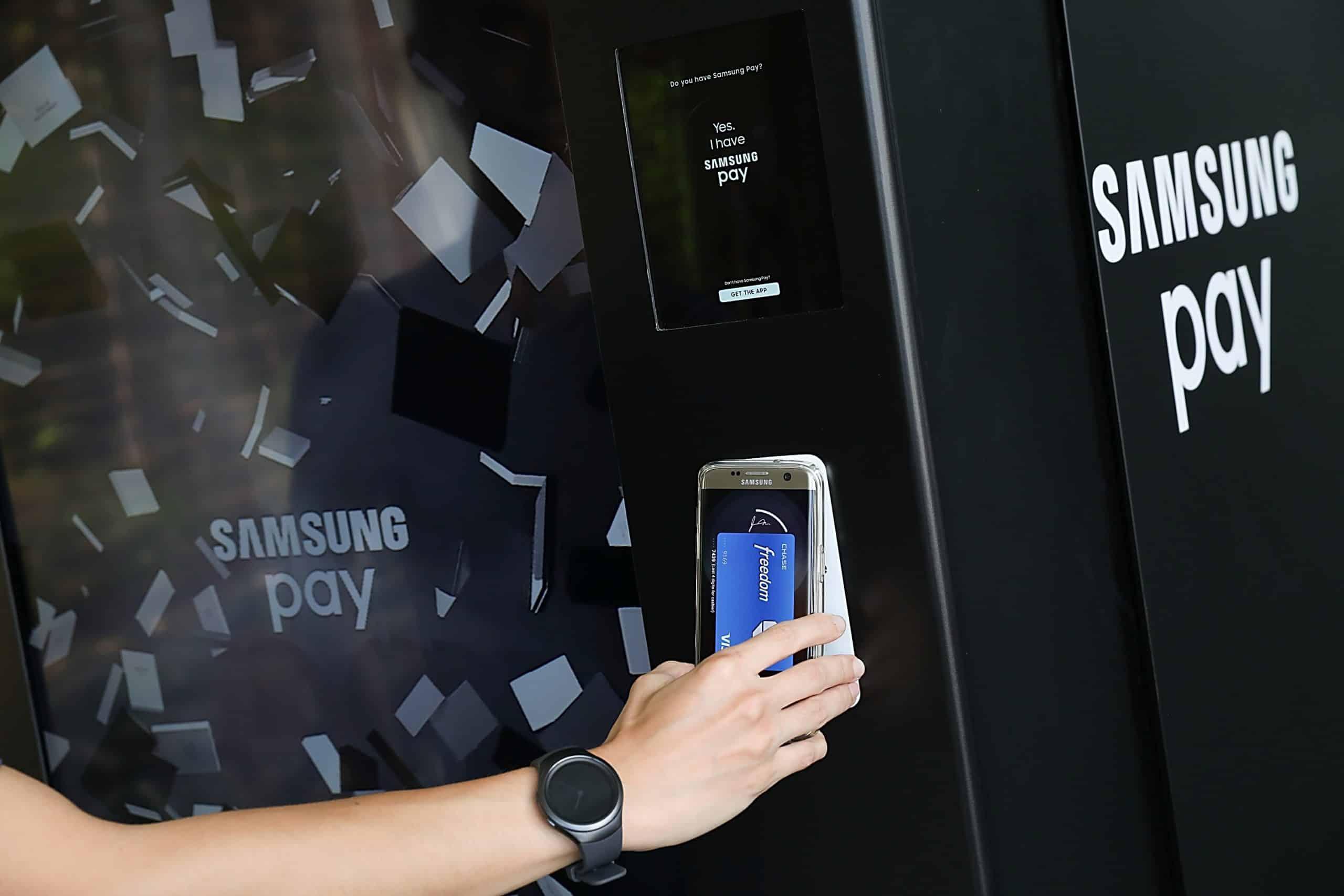 Неожиданно компания Huawei порадовала поклонников своих гаджетов информацией о скорой презентации самого бюджетного смарфтона в классе недорогих моделей с поддержкой