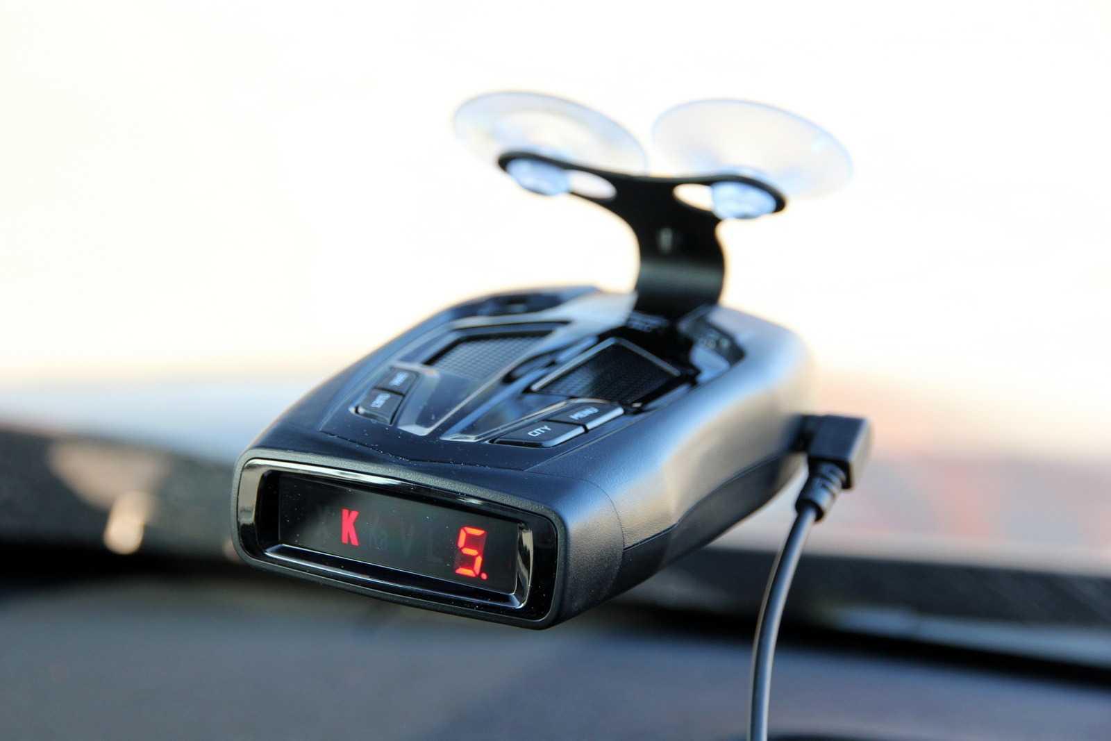 Как выбрать радар детектор для автомобиля 2020 года: лучший ?
