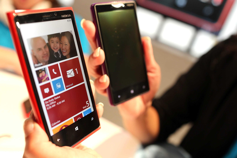 Компании nokia и lg использовали одинаковые фото для рекламы камер смартфонов