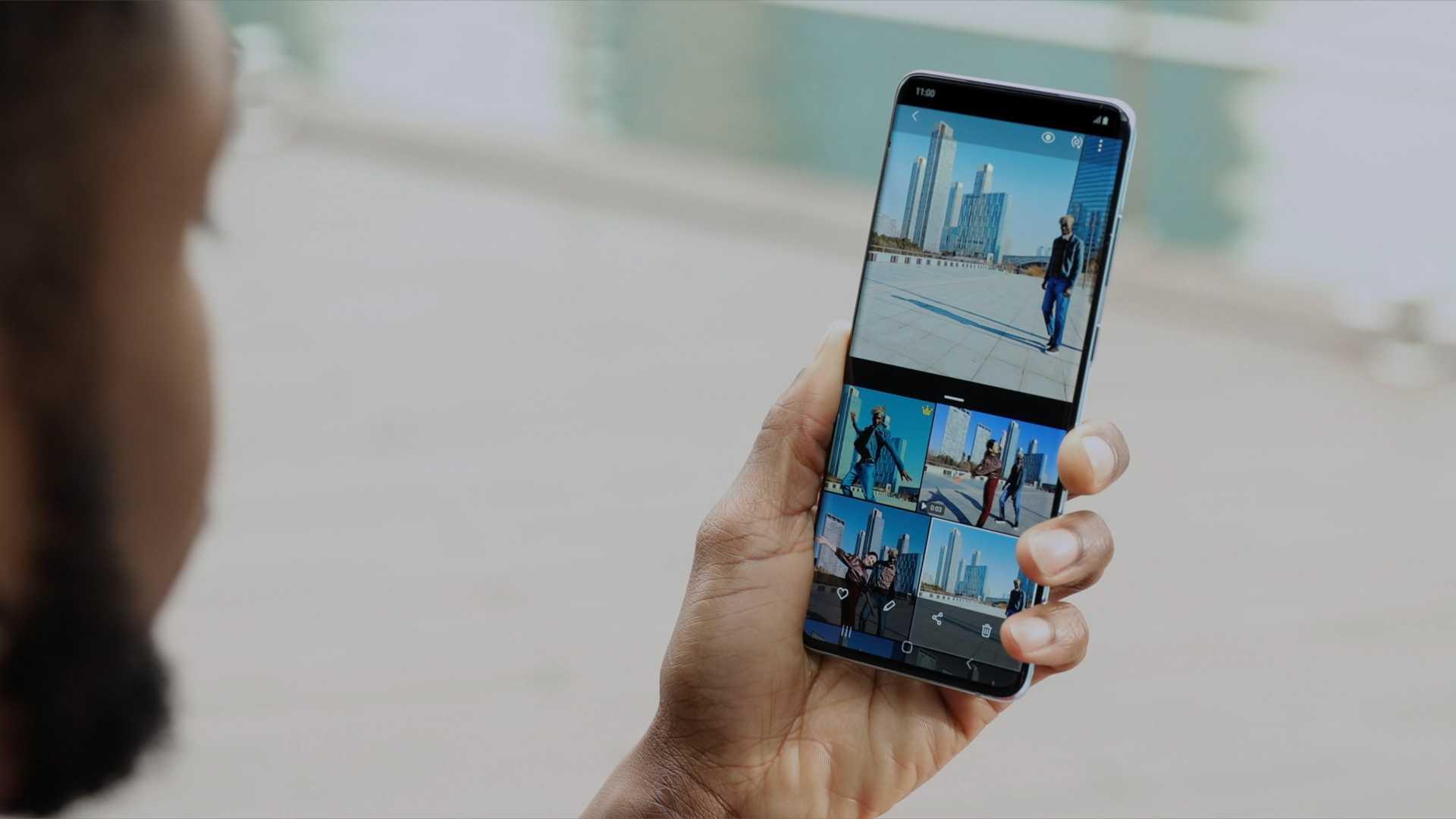 В россии начались продажи суперфлагманских смартфонов и премиальных планшетов samsung. видео - cnews
