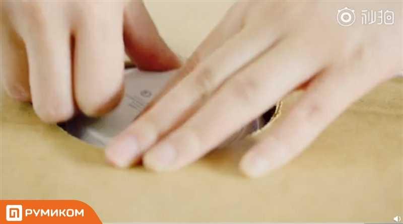 Xiaomi и ikea создали стол с быстрой беспроводной зарядкой для смартфонов ► последние новости