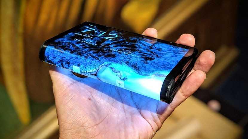 От samsung galaxy s20 fe до huawei mate 40 pro: 9 альтернатив iphone 12 :: вещи :: рбк стиль