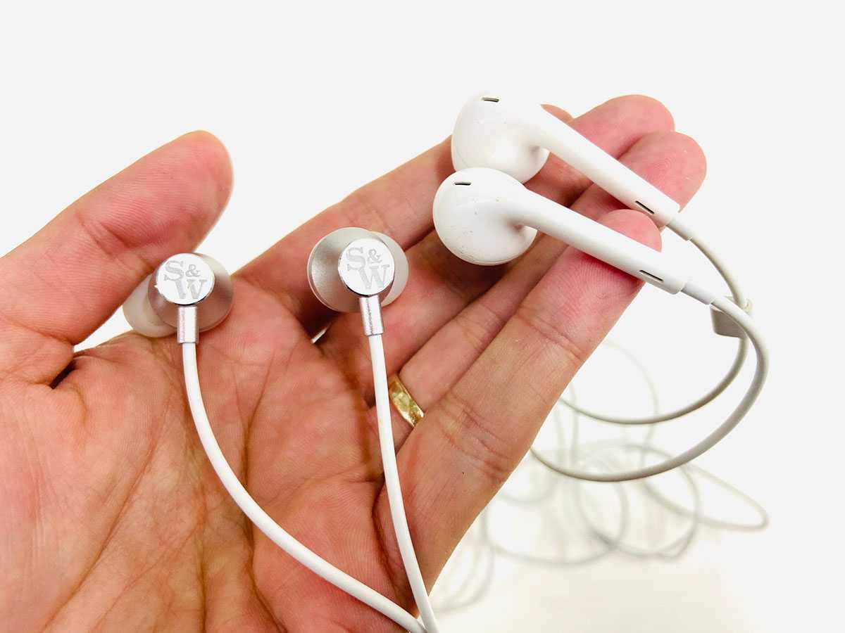 Нужны ли apple airpods меломану? / звук и акустика