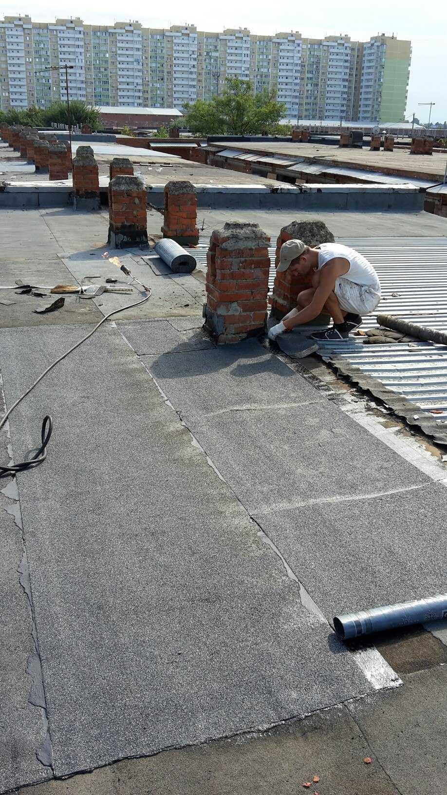 Чем покрыть крышу гаража, в том числе какой материал выбрать в зависимости от устройства кровли