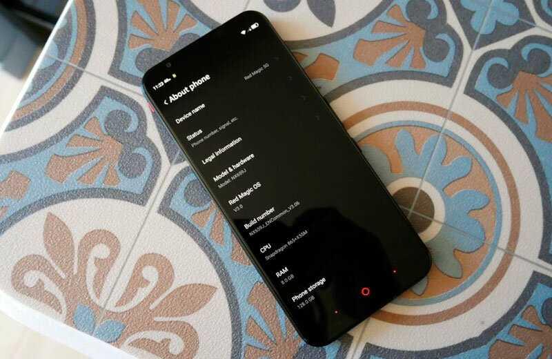 Новинки мобильных телефонов 2021 году: обзор