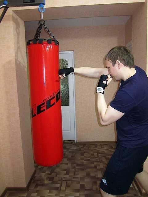 Чем наполнить грушу для бокса: как правильно набить