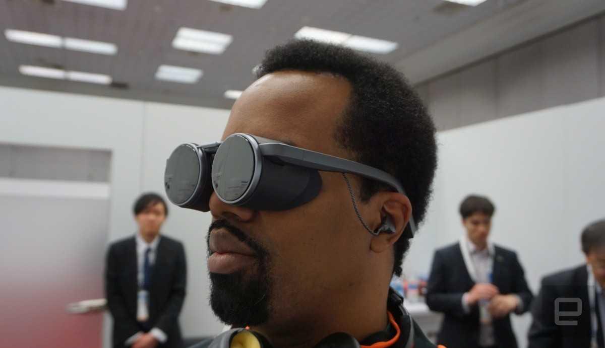 Компания Panasonic представила новые VR-очки выполненные в стиле стимпанк Модель получила оптимизацию под девайса с поддержкой сетей пятого поколения При этом к