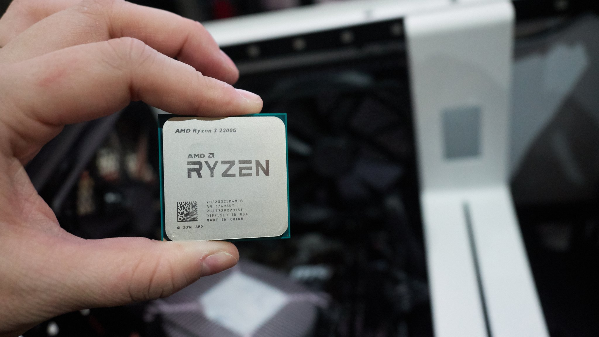 Amd выпустила уникальные процессоры на полностью новой архитектуре. видео - cnews