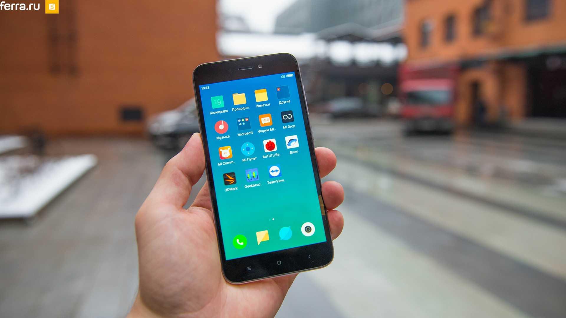 Заклятый конкурент xiaomi привез в россию два любопытных смартфона. цена, видео