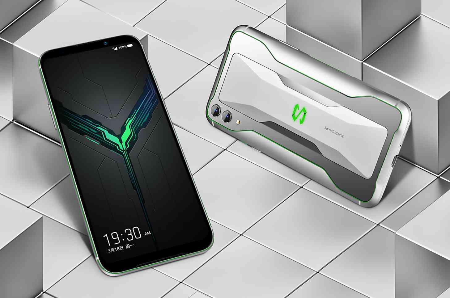 3 марта Xiaomi Black Shark показали новый флагманский игровой смартфон третьего поколения Как и ожидалось модель заняла свое место в списке самых мощных телефонов