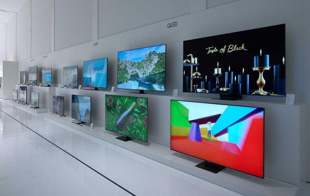 Samsung начала продавать в россии 8к-телевизоры по цене автомобиля - cnews