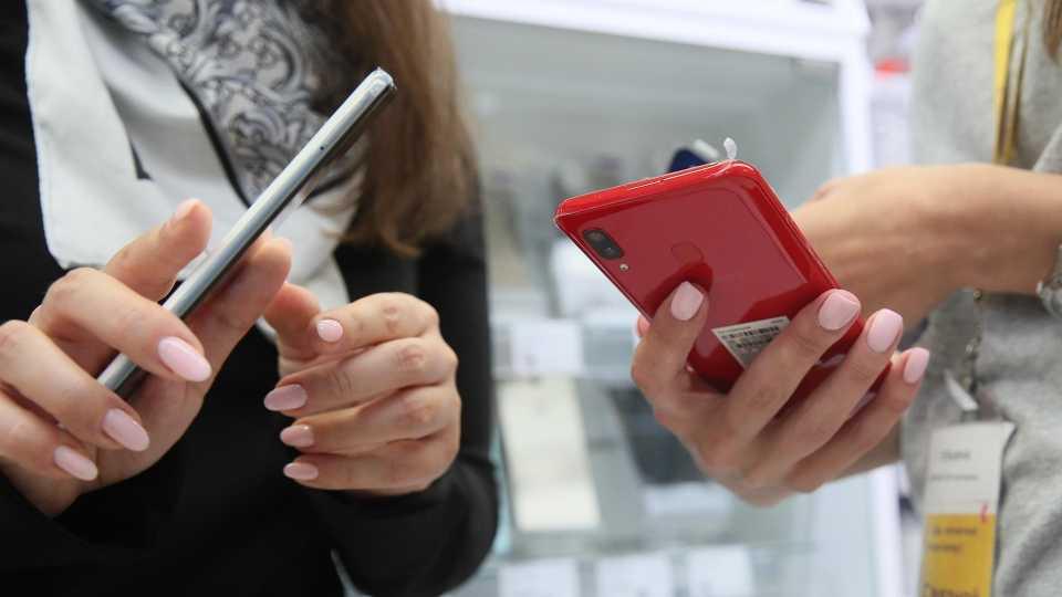 На рынке смартфонов впервые за 5 лет сменился мировой лидер - cnews