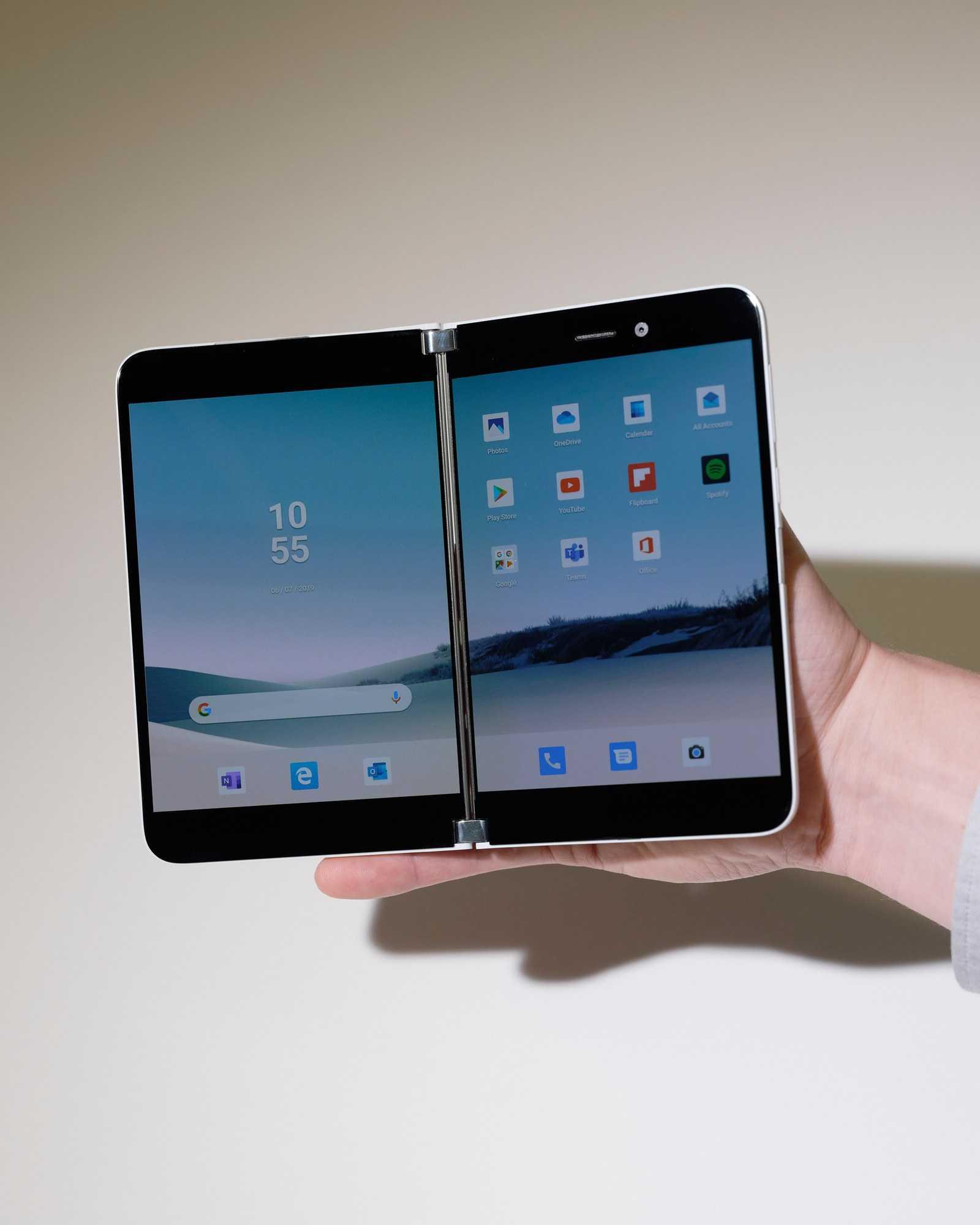 Есть ли у surface phone шансы против iphone x?