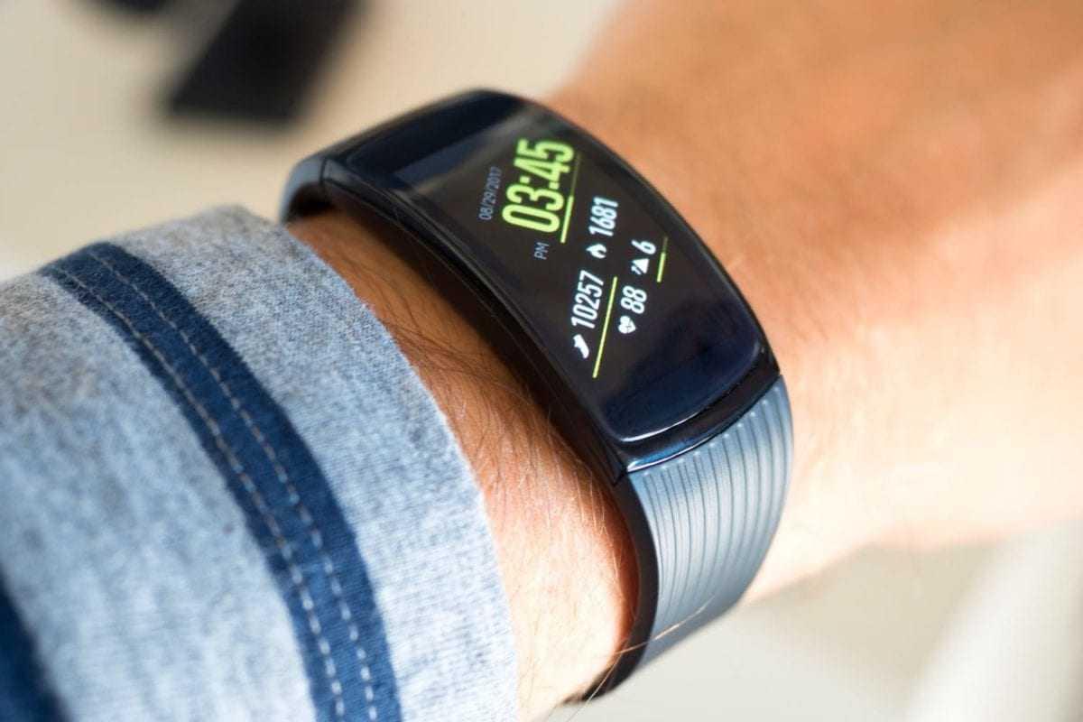Как выбрать фитнес-браслет? рейтинг умных браслетов в2019-м