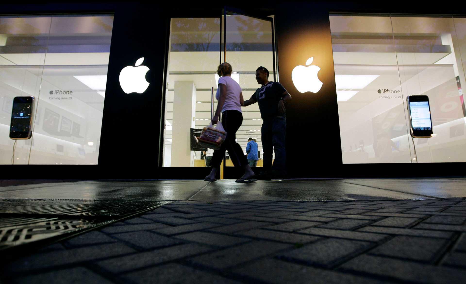 Apple решила запатентовать стеклянный imac