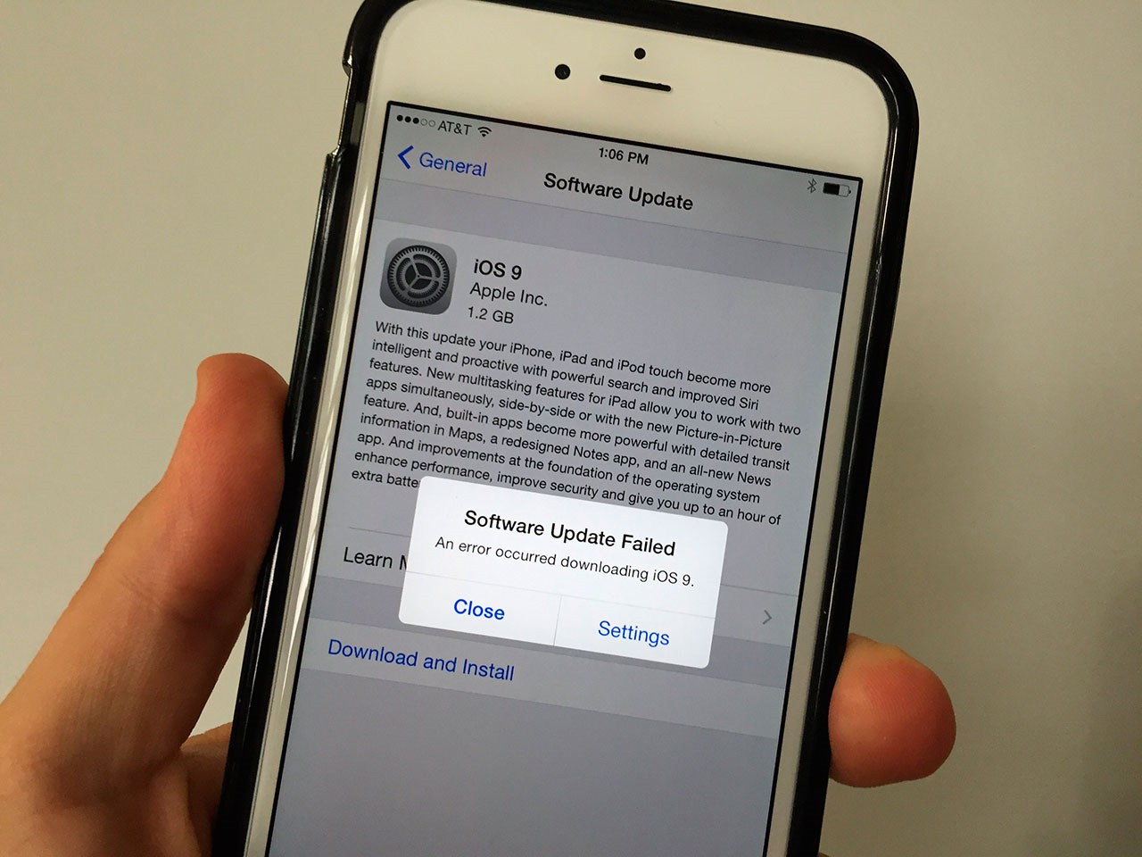 Apple заплатит $1 млн за выявление уязвимостей в iphone