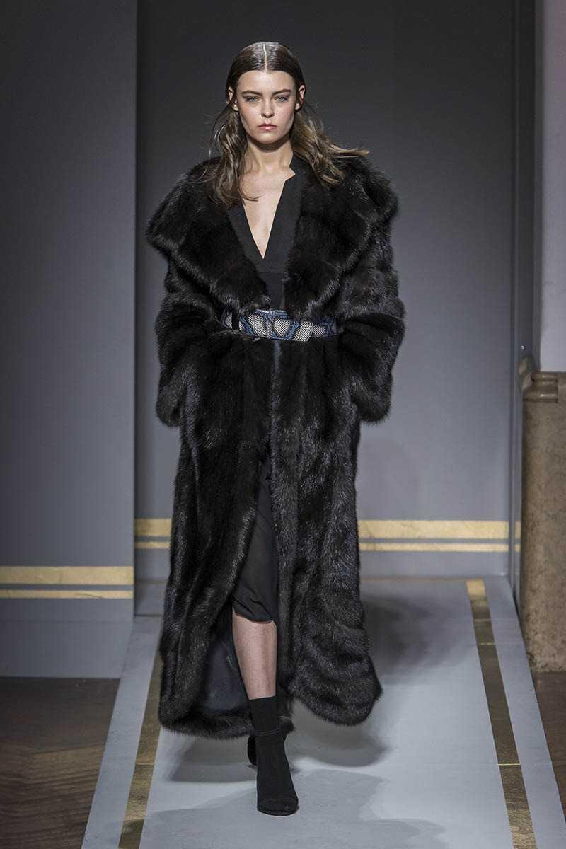 Шубы зима 2021 - 7 модных тенденций и новинок