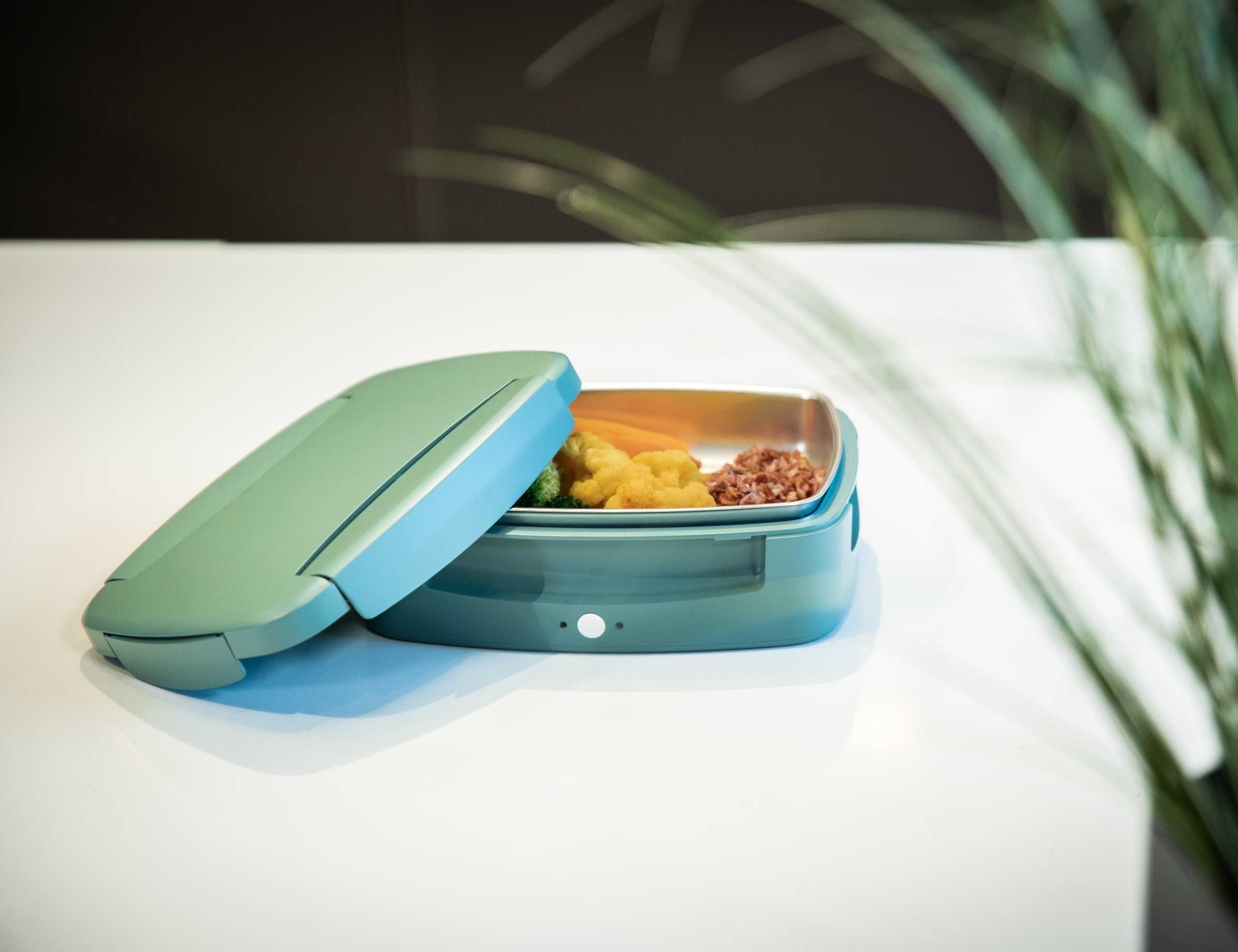 Компания Steasy решила проявить креатив во всех его смыслах Представлена новая компактная то-ли микроволновка то-ли ланчбокс но электрический – решайте сами
